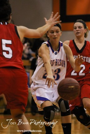 Otis-Bison_Girls_vs_Hoisington_12-9-11_0238
